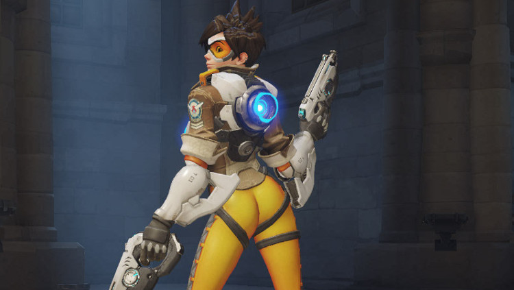 Overwatch Tracer Over the Shoulder victory pose